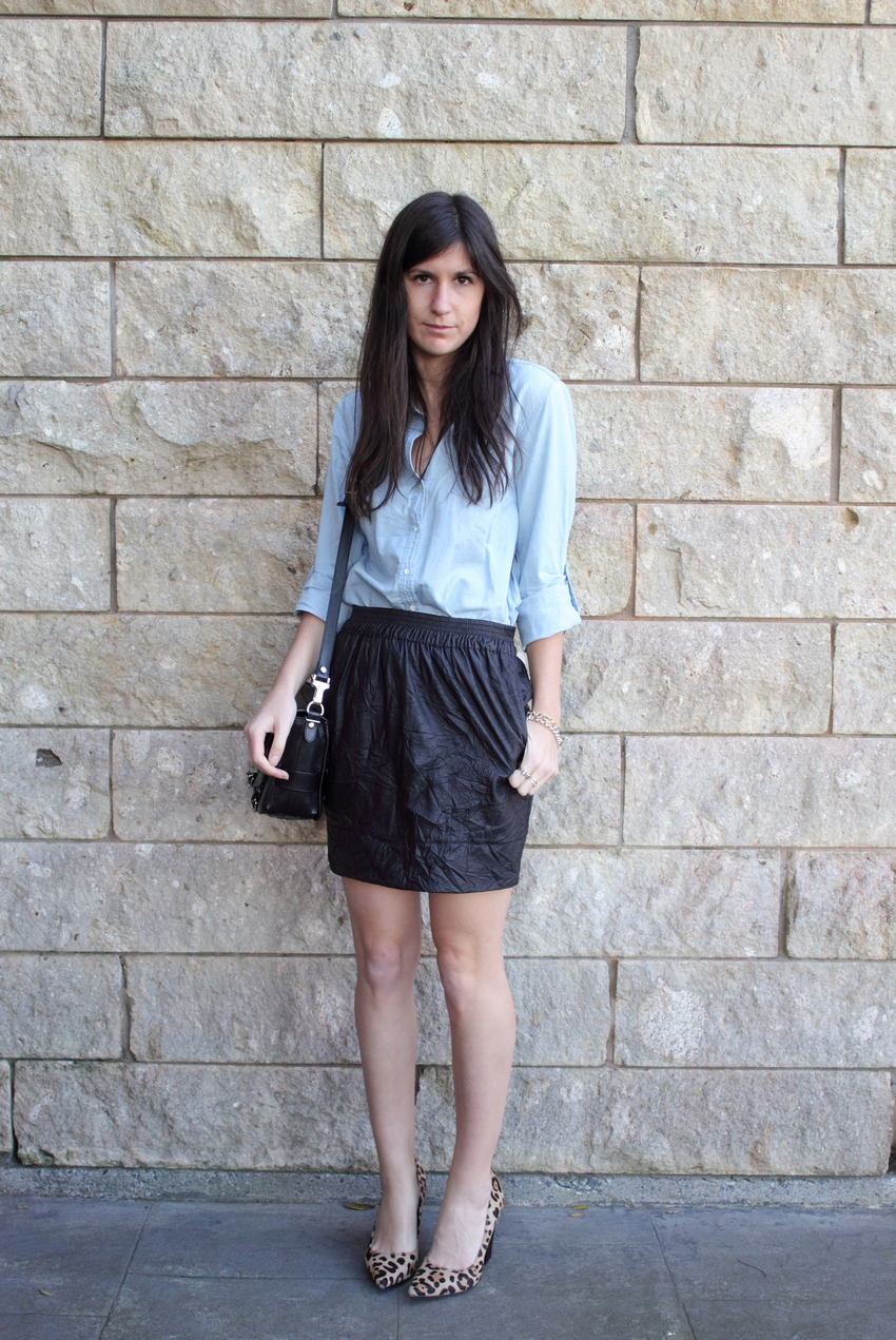 chambray shirt karen walker skirt leopard heels fashion blog