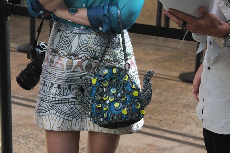 teapot bag streetstyle mbfwa 2013