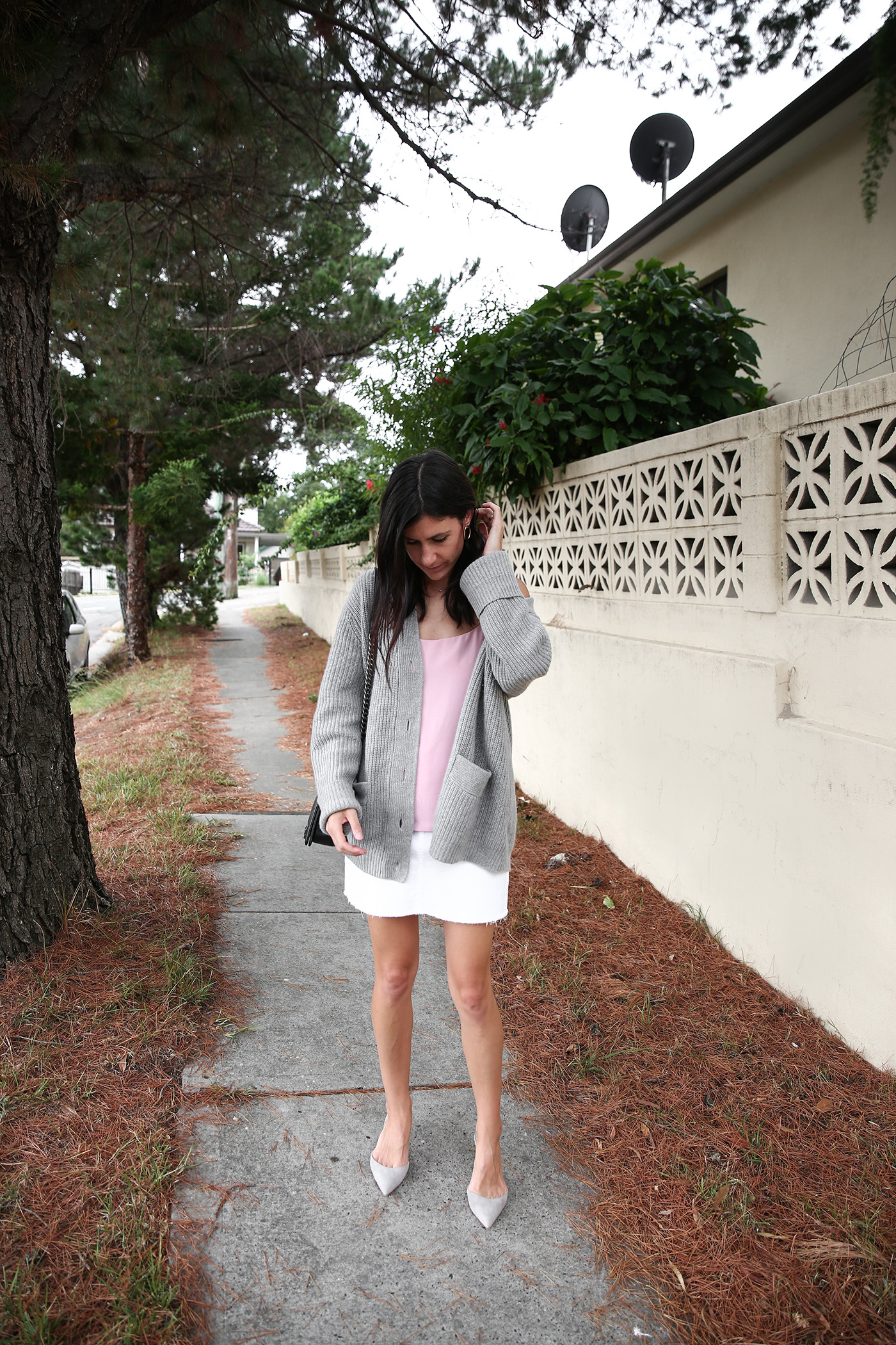 minimal outfit summer wardrobe essential silk cami