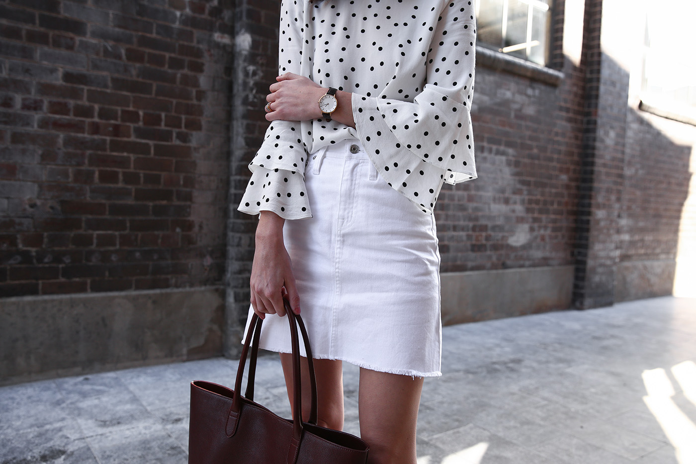 minimal polka dot outfit linjer tote bag review