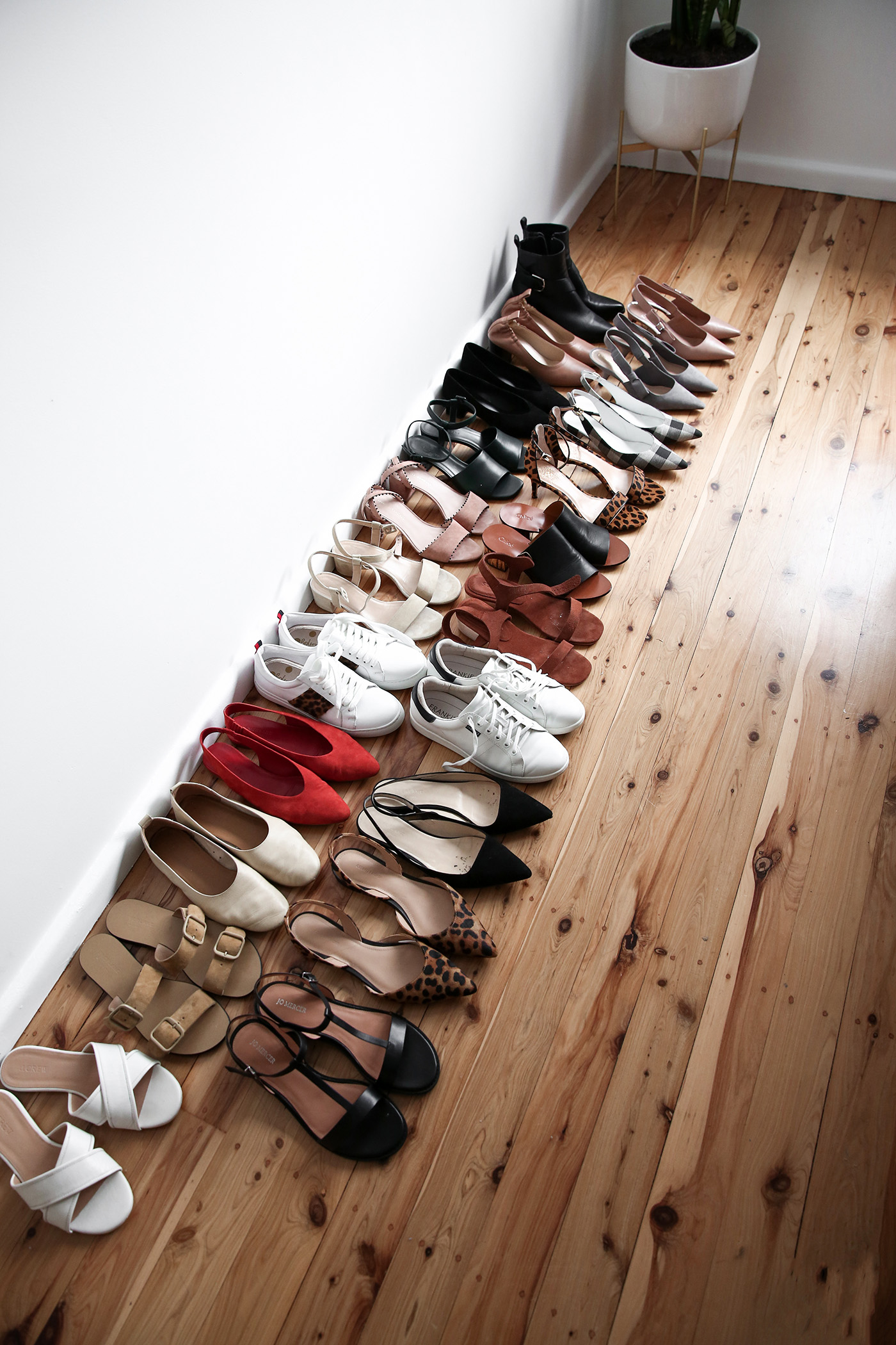 shoe-collection-2018_01.jpg