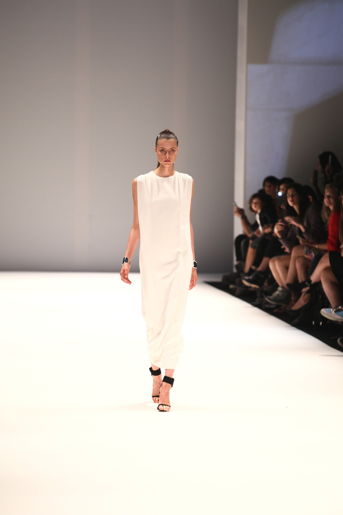 strateas carlucci fracture mbfwa fashion week