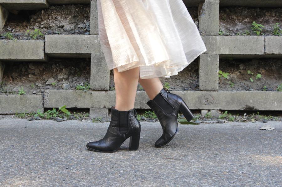 vivian chan rosie skort zimmermann chelsea boots