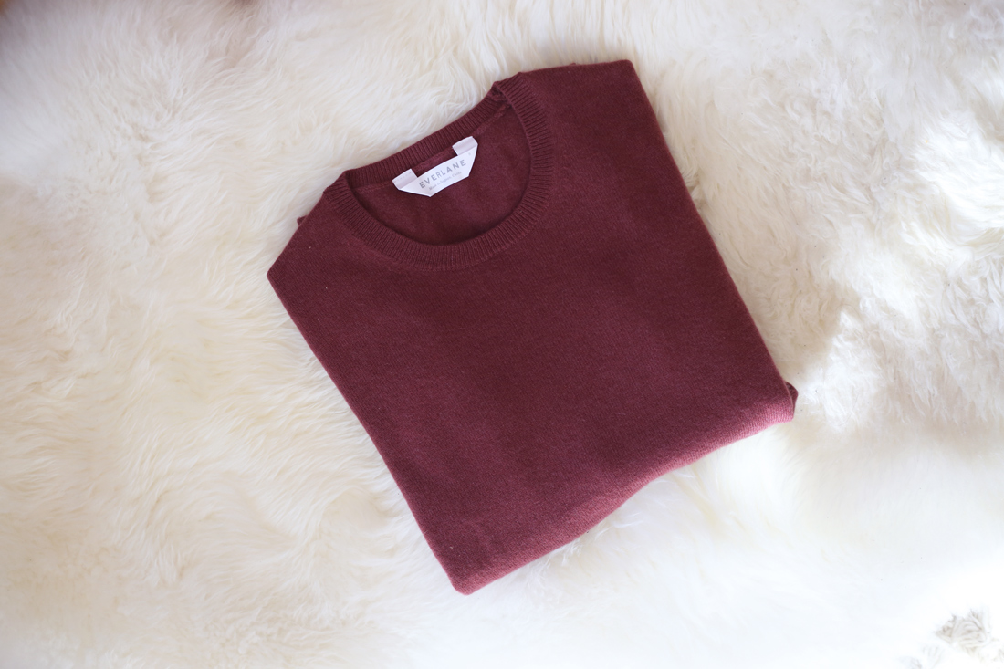 everlane rose cashmere crew neck sweater