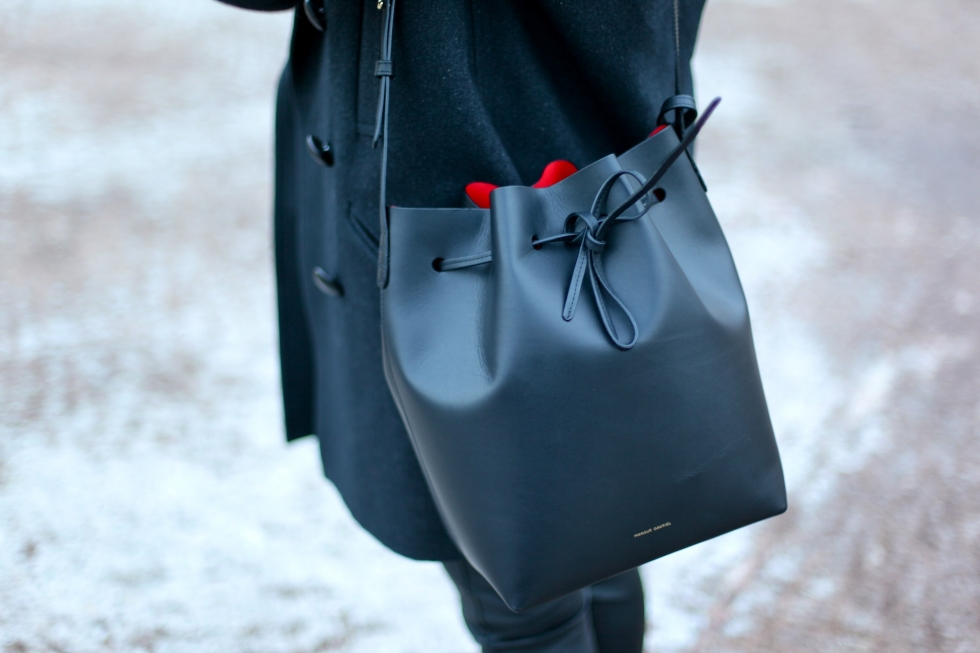 mansur gavriel black red bucket bag