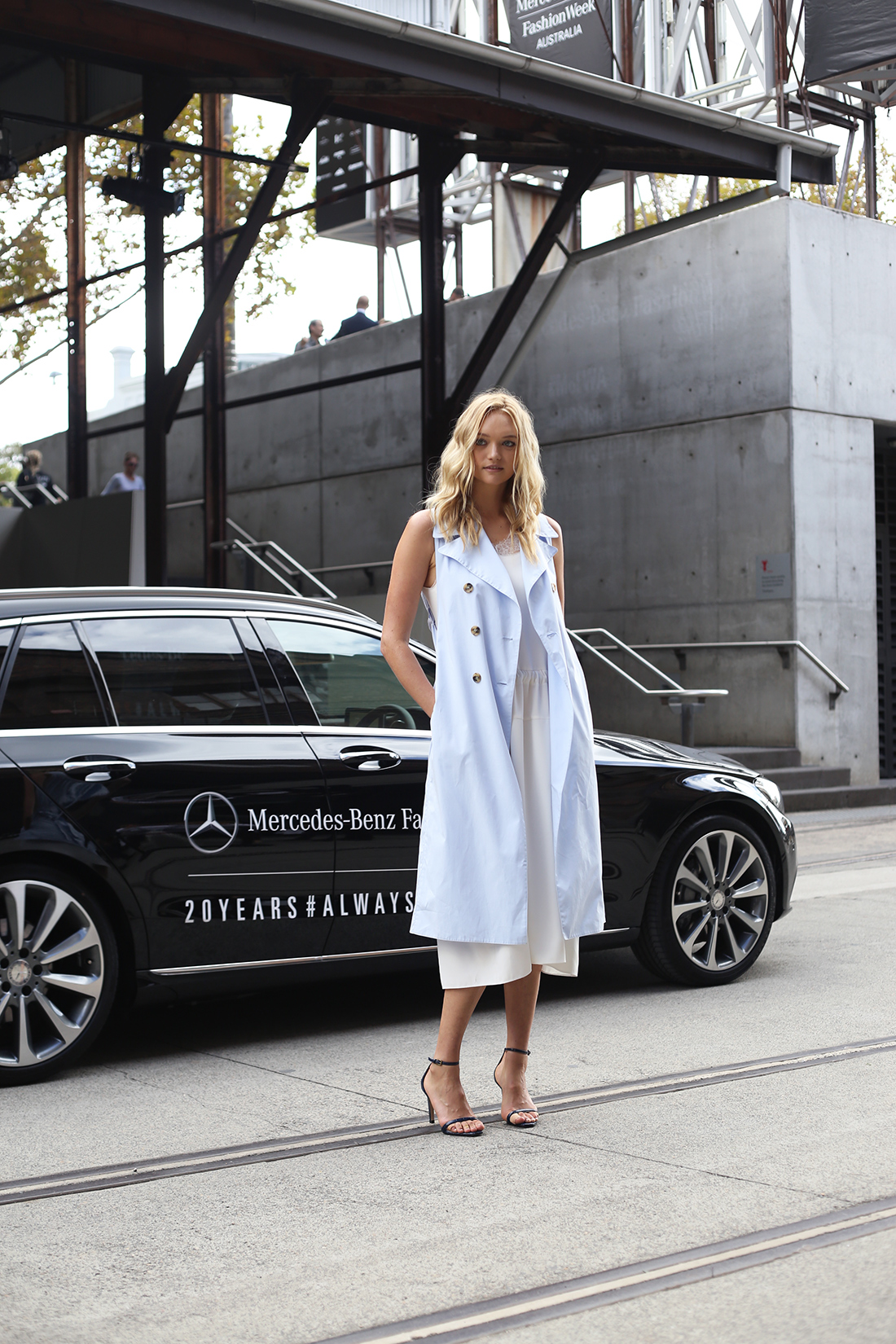 gemma ward MBFWA 2015 fashion week street style model