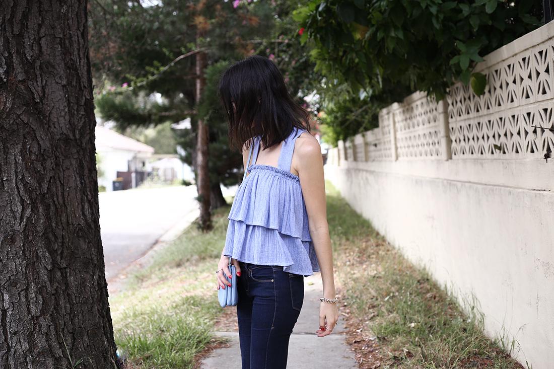 karen walker flounce top frame denim skinny jeans