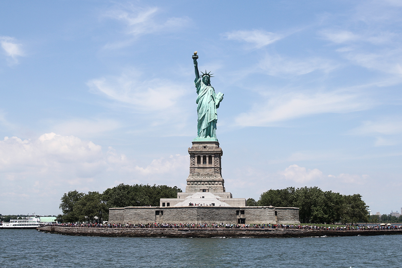USA new york travel guide statue of liberty