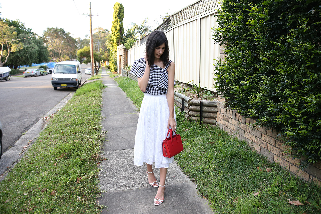 outfit wearing gingham white midi skirt