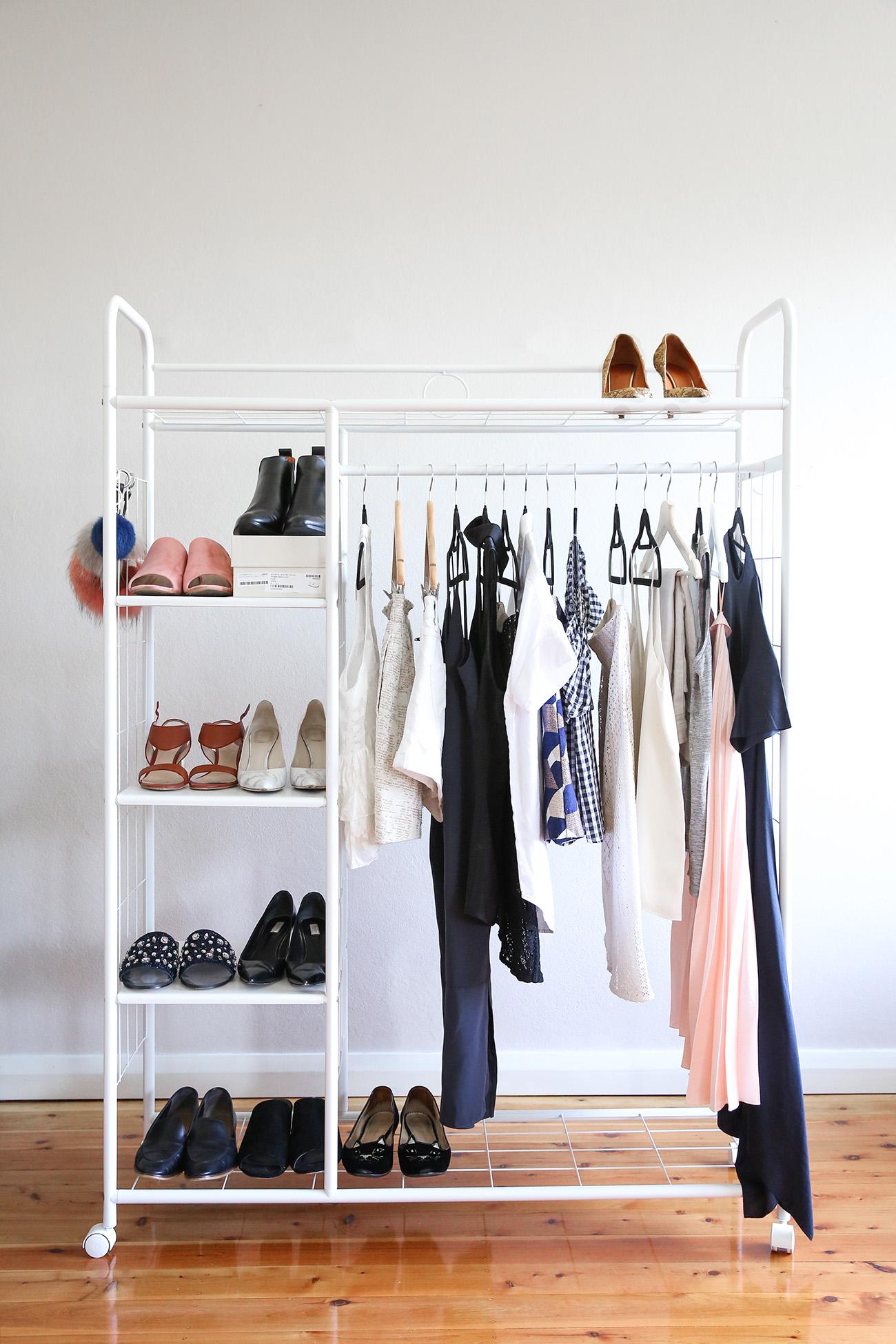 summer minimal style wardrobe
