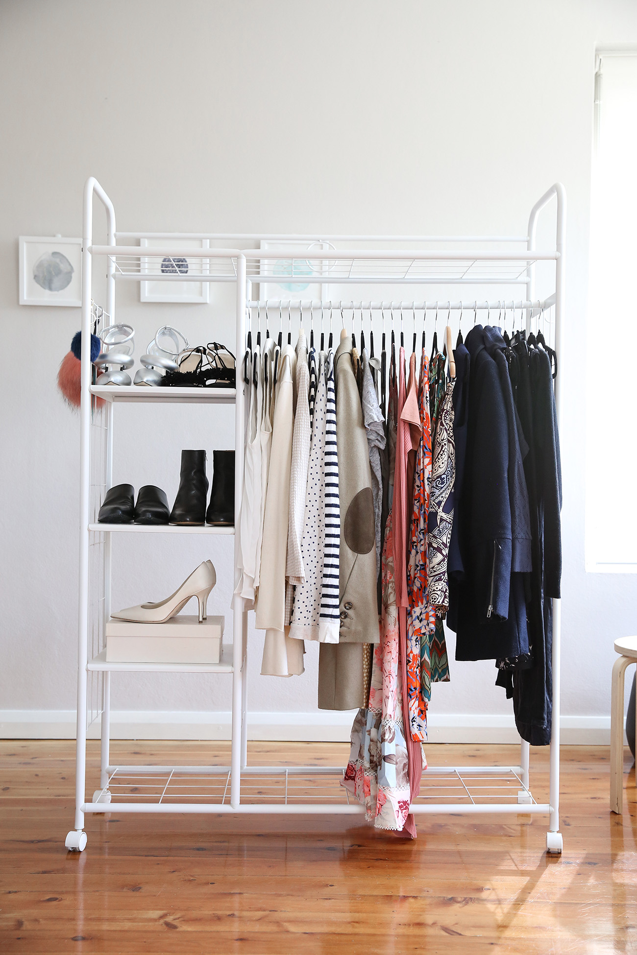 Minimalist Closet: A Minimalist Fashion Blog