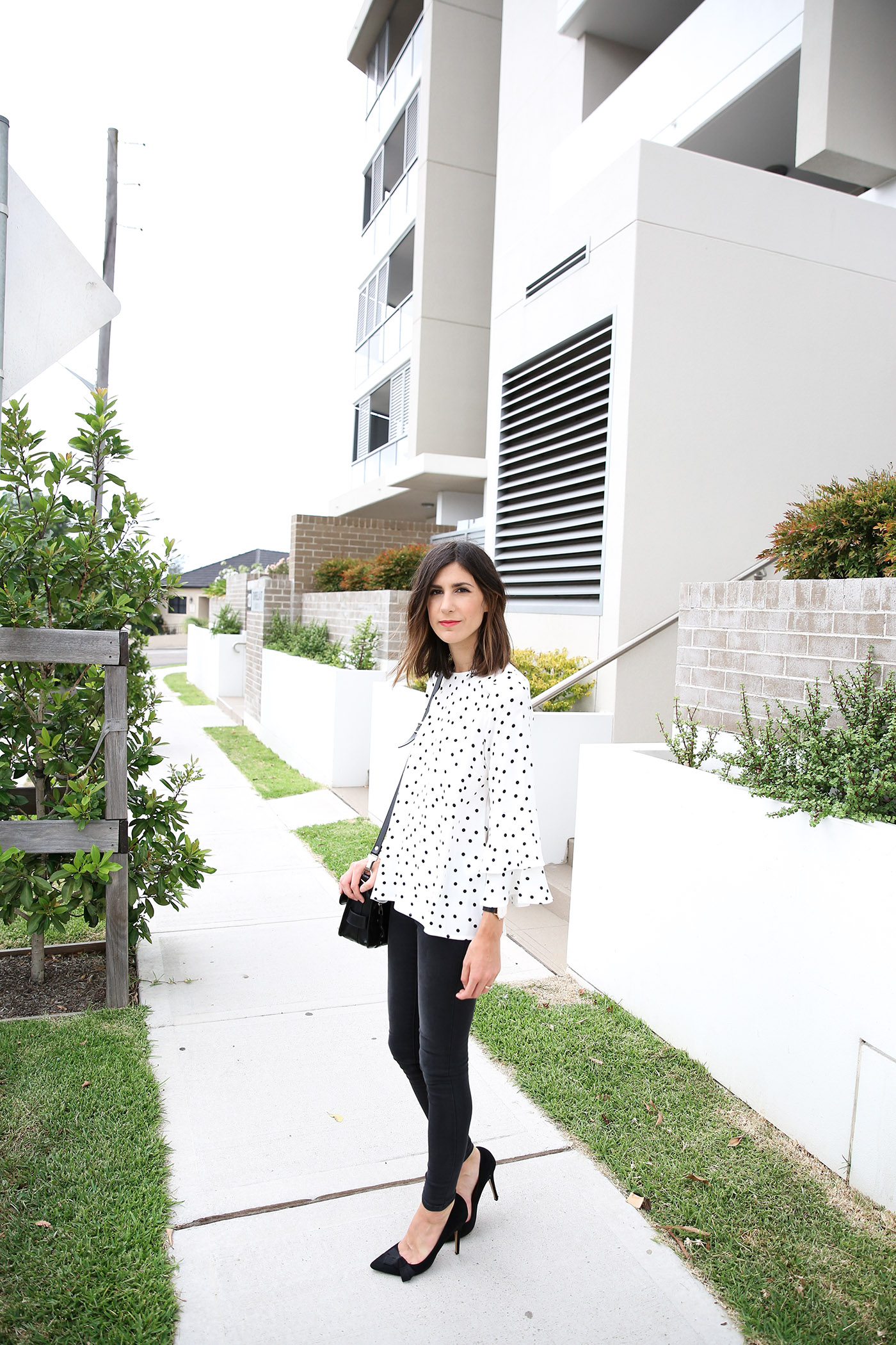 polka dot top minimal style outfit