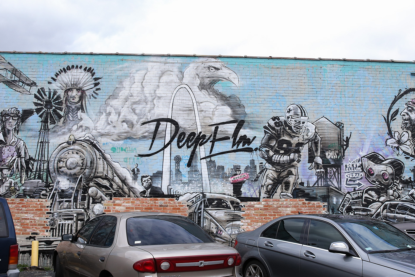 things to see and do deep ellum dallas texas